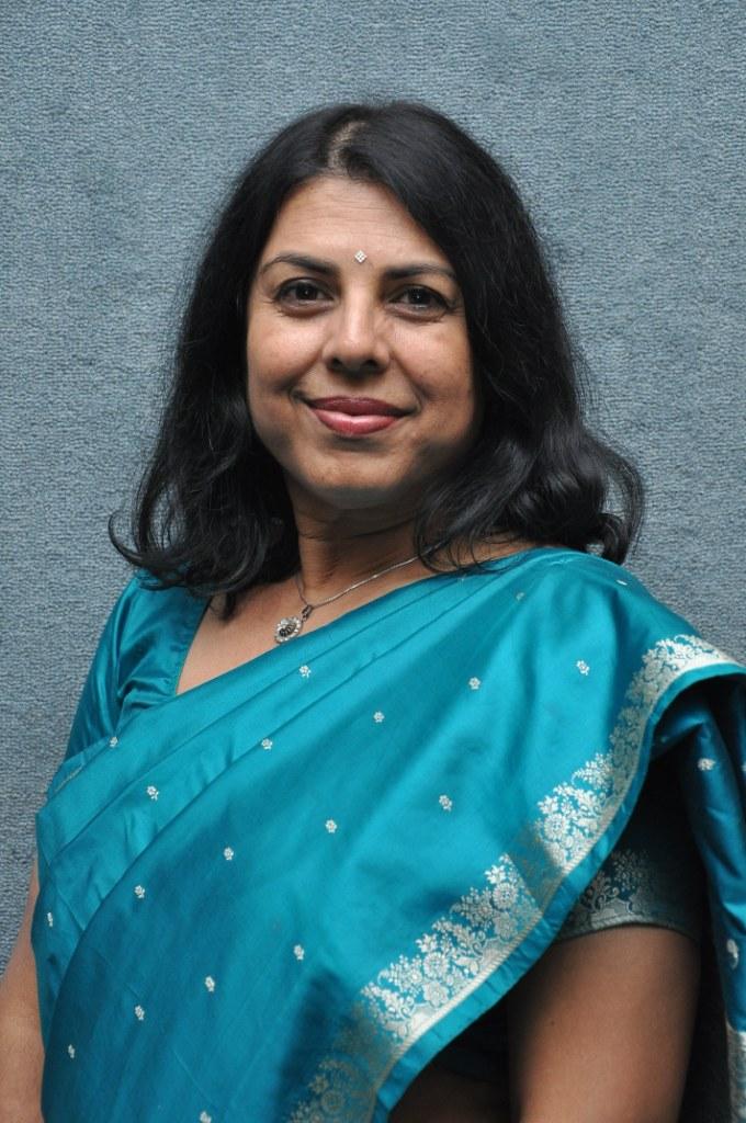 Chitra Banerjee Divakaruni